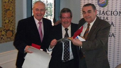 José Siles y Gonzalo Rojo, reciben la medalla de Andrés García Maldonado