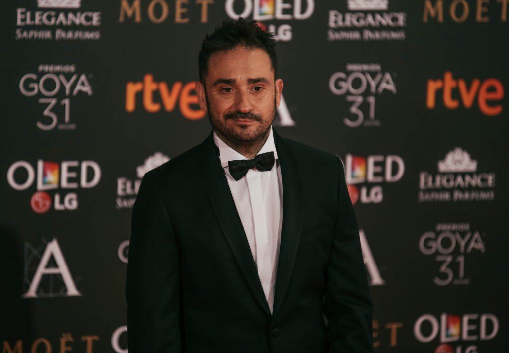 Bayona en la alfombra roja de los Premios Goya 2017