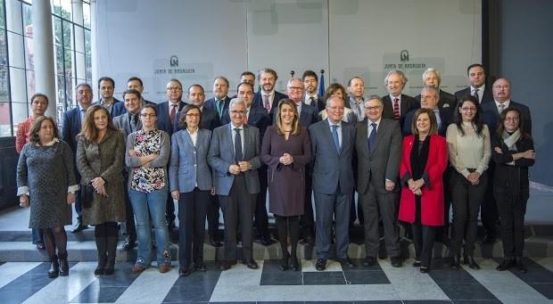 Junta Andalucia Anuncios contacto